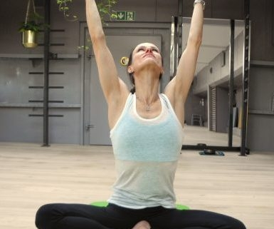 Prana Yoga mit Vera auf der Paula